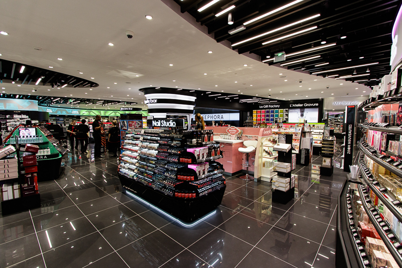 new sephora store at forum des halles in paris carnet chic. Black Bedroom Furniture Sets. Home Design Ideas